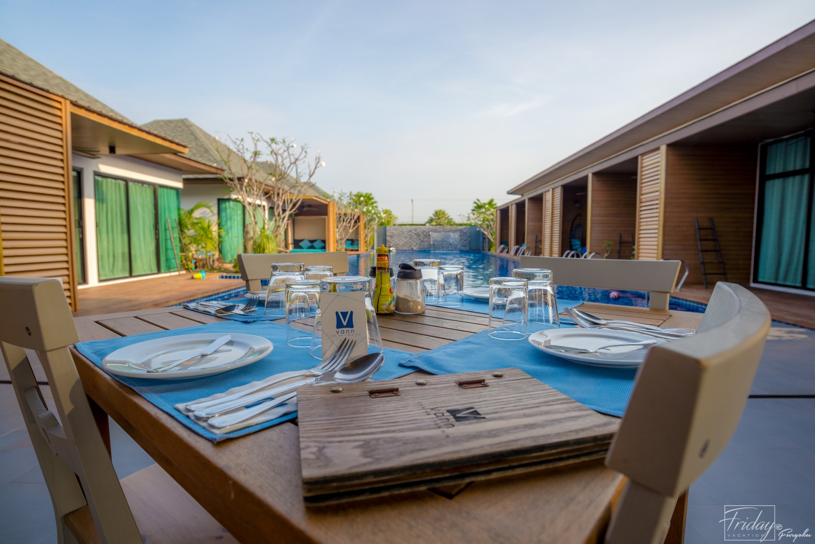 Vann Hua Hin Resort โดดน้ำจากริมระเบียง นครศรีดีย์